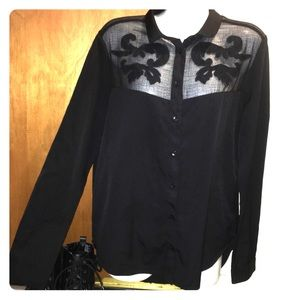 Silence + Noise black long sleeve shirt size M